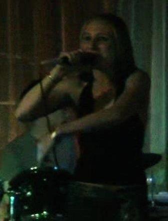 Portia sings