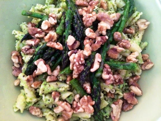 Asparagus and walnut 2