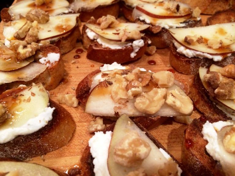 Pear ricotta crostini