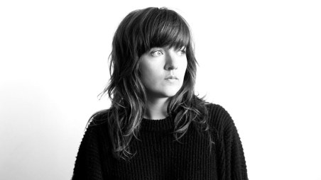 courtney-barnett-finally-releasing-debut-album-fdrmx